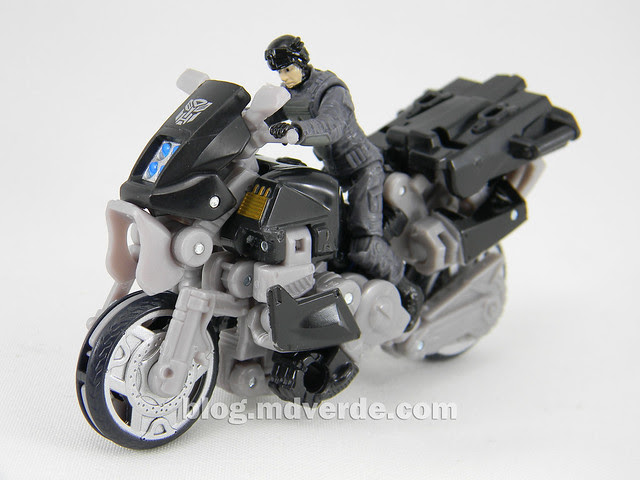 Transformers Tailpipe & Pinpointer DotM Human Alliance Scout - modo alterno