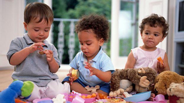 Αποτέλεσμα εικόνας για toddlers and parents