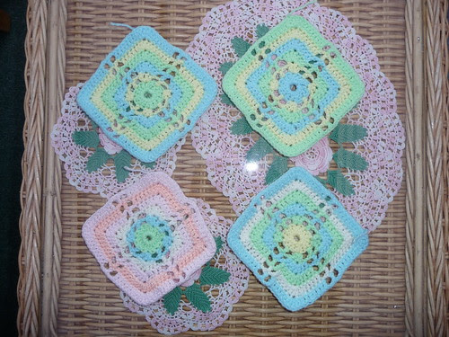 Barbara (UK) 4 pretty Knit Today Squares Thank you!
