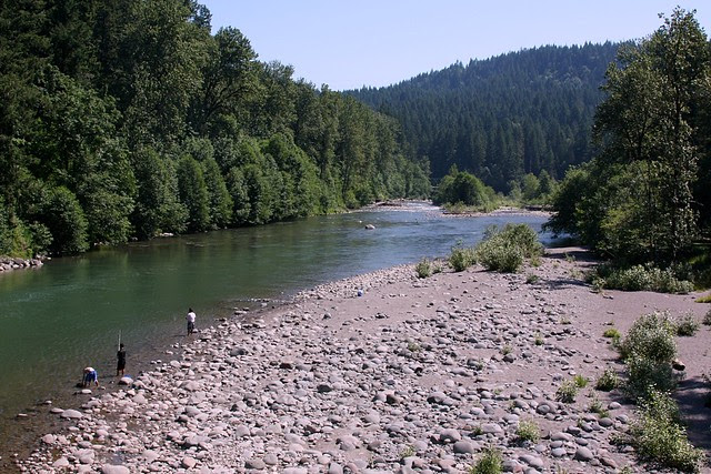 Dodge Park & Sandy River from Lusted Rd. Bridge