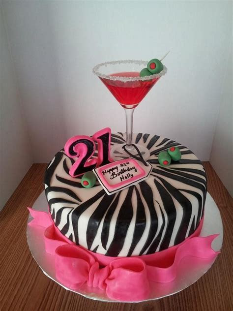 Best 25  Birthday cake martini ideas on Pinterest   Cake