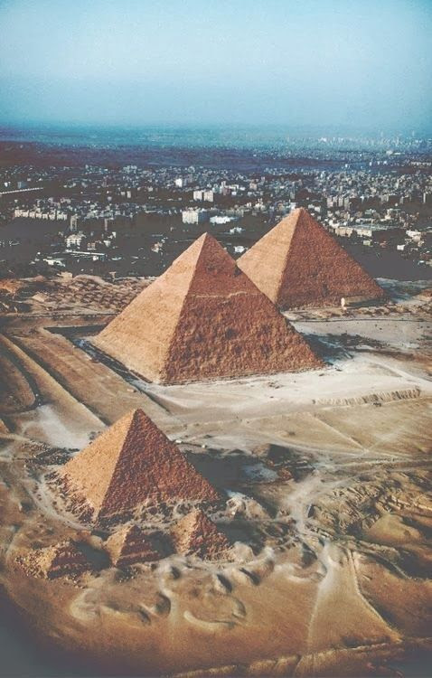 I love Egypt so much. Seriously I don't think there is a more amazing place in the world, though England is a close second