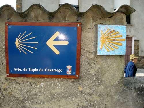 Señalización del Camino a Santiago por Asturias.