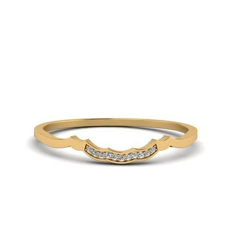 Victorian Style Round Cut Diamond Engagement Ring In 14K