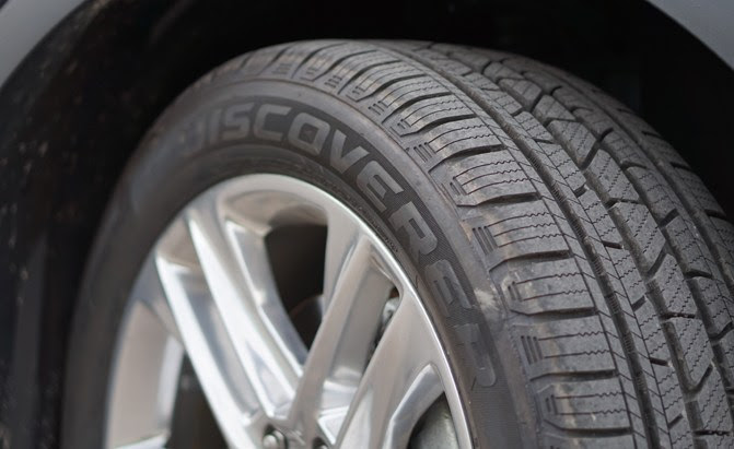 Cooper Discoverer Srx Tire Review Autoguide Com