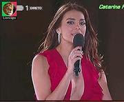 Catarina Furtado sensual a apresentar a final do programa Danças do mundo