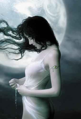 http://bimaconcept.files.wordpress.com/2008/02/moon_woman_2.jpg