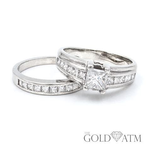 14K White Gold .75ct Princess Cut Diamond Engagement Ring