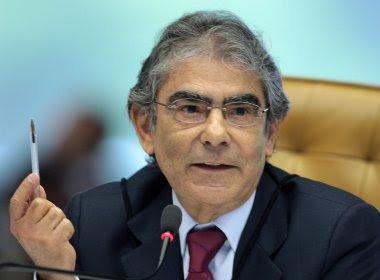 Ex-ministro do STF, Ayres Britto diz que Lava Jato é 'irreversível'