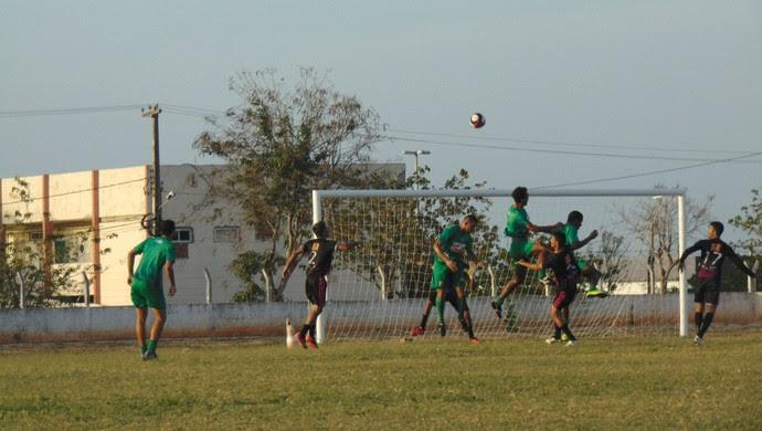 RN - Baraúnas vence jogo-treino contra seleção de Serra do Mel por 2 a 0 (Foto: Yhan Victor/ACEC Baraúnas/Divulgação)
