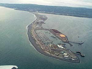 English: Aerial view of Homer Spit and Homer H...