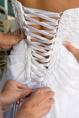 Wedding Dress Alterations Toronto   Competitive Prices
