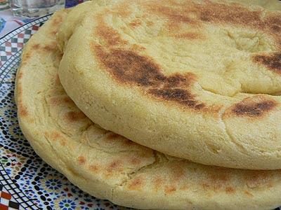 deux galetets de pain.jpg