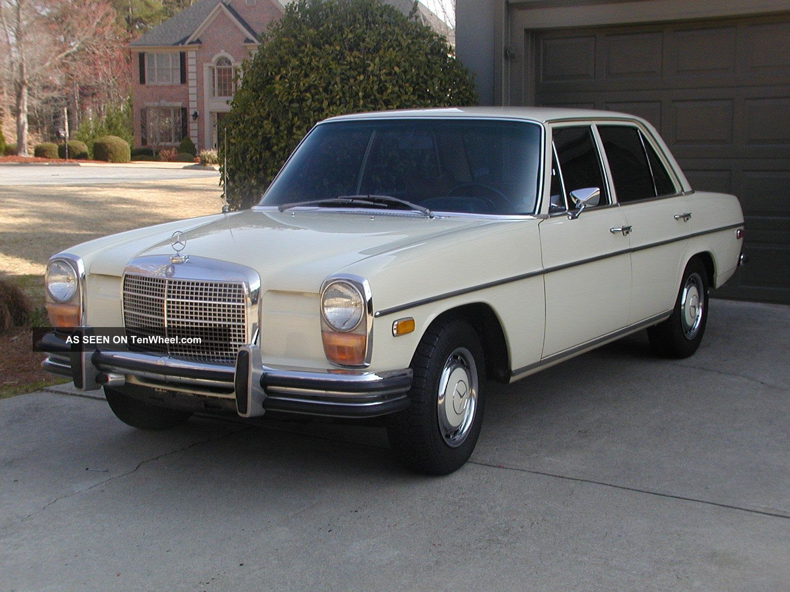 1970 Mercedes - Benz 250 4 - Speed Manual - - Arizona Car