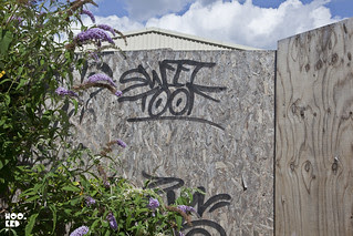 Sweet Toof graffiti tag in London