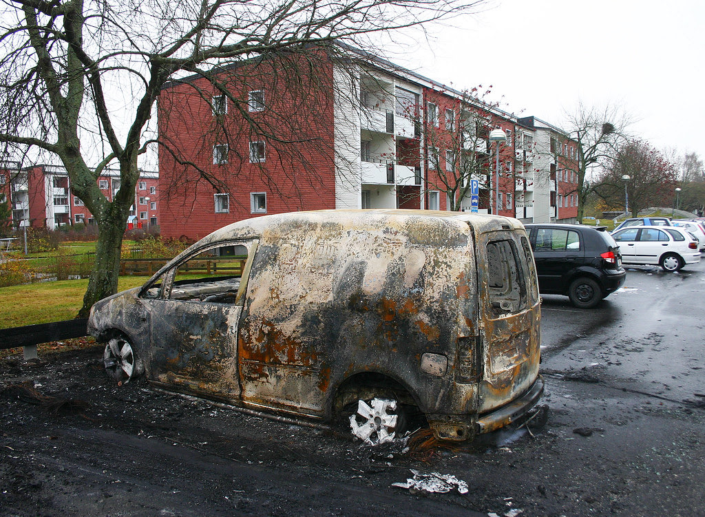 Three cars torched in Västerhaninge
