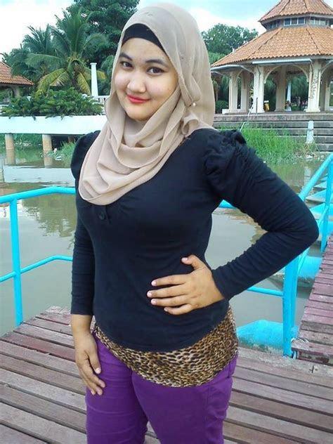 jilbab cantik foto bugil bokep
