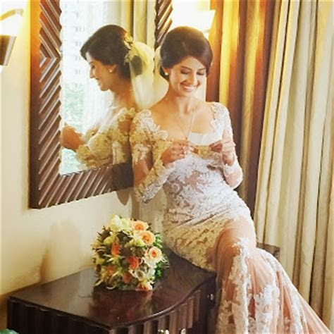 Shamcey Supsup and Lloyd Lee Wedding Photos and Video: The