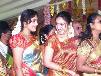Meena Wedding Photos On Actress At Sridevi Marriage 4 Jpg W 450