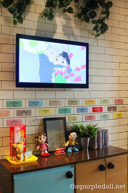 TV and Cute Things at Umami Hambaagu House