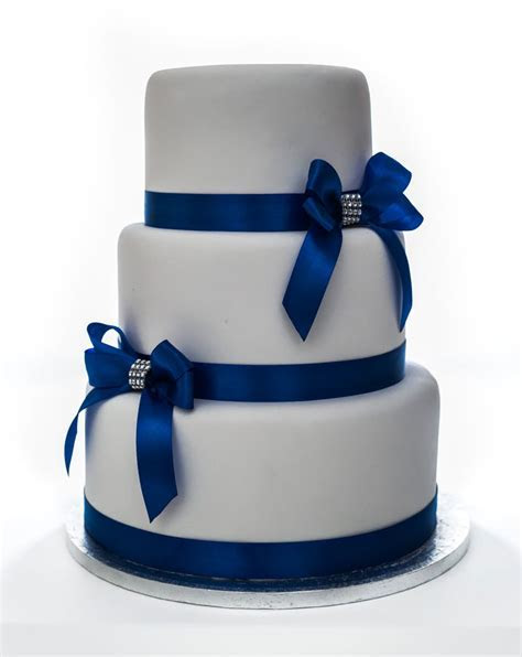 Fake Cake Hire   Wedding Cakes Rental   NFCakes.ie