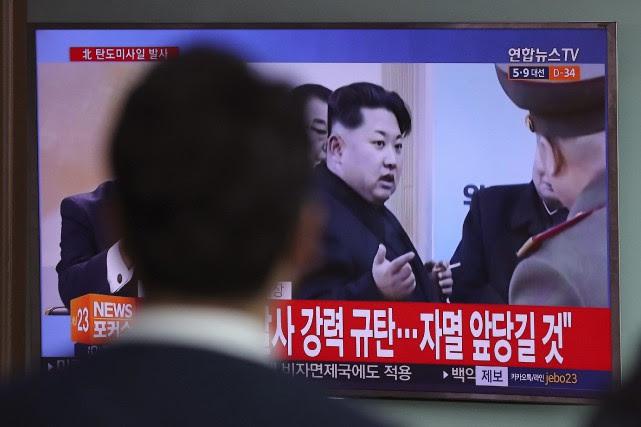 Pour contrer les ambitions nucléaires de Kim Jong-Un,... (Photo Lee Jin-man, AP)