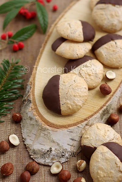 Hazelnut Cookies for Christmas