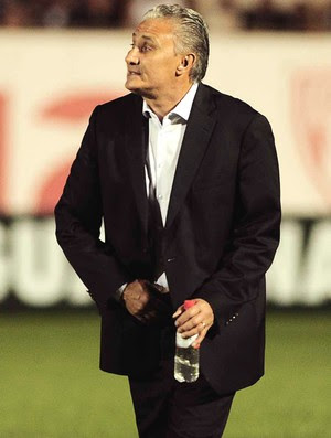 Tite Corinthians e Atlético-PR (Foto: Marcos Ribolli)
