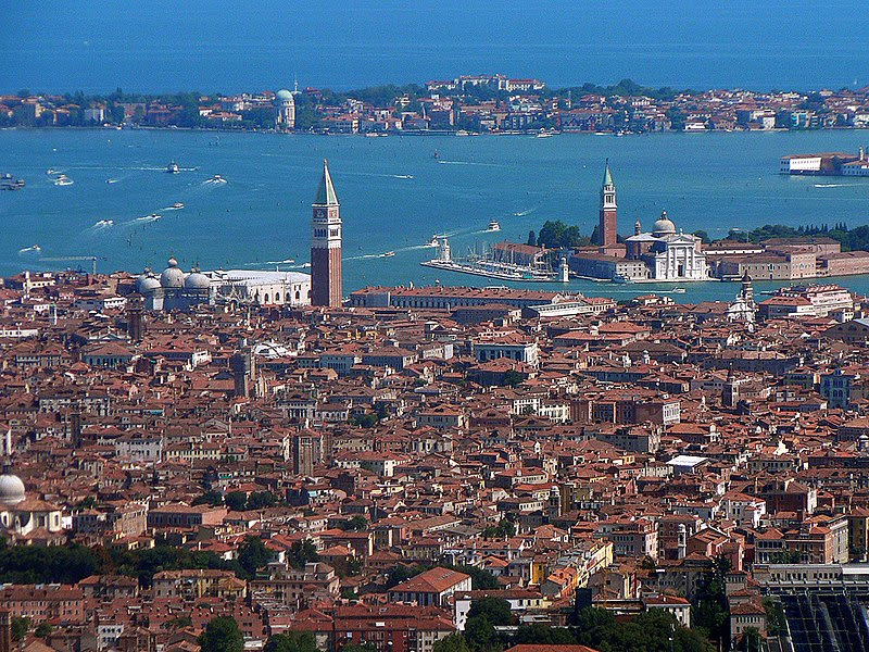 File:Venezia veduta aerea.jpg