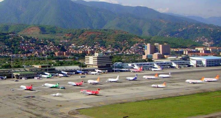 Aero Caracas aerial_view 900px