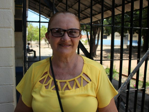 Maria Helena de Oliveira, de 56 anos, faz Enem pela segunda vez no Piauí (Foto: Samantha Araújo/G1)