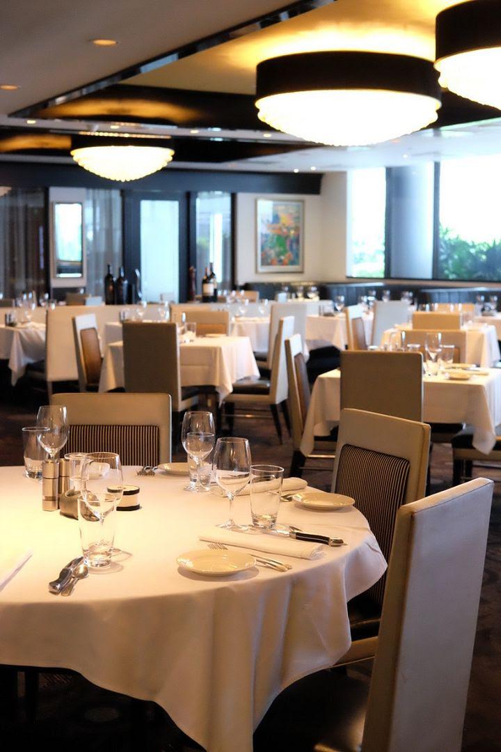 photo Mortons Steakhouse Sunday Lunch 2.jpg