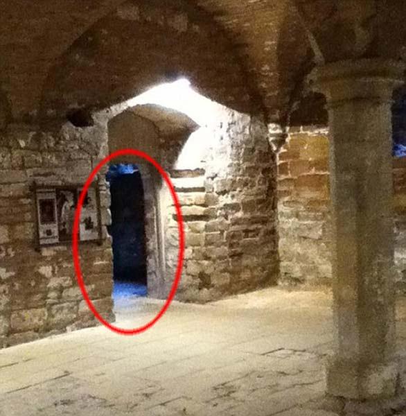 Fantasma Abadia Rufford Fotografiado el fantasma de la Dama Blanca en la Abadía de Rufford