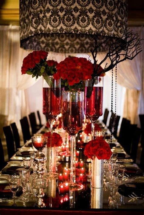 Red black, Table settings and Damasks on Pinterest