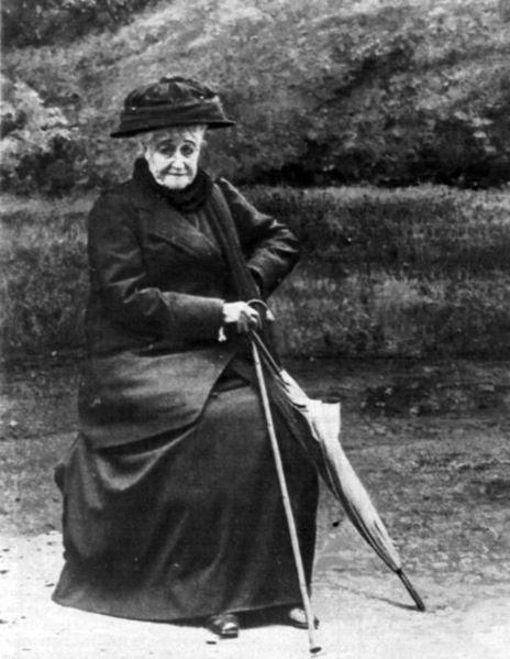 File:L'Impératrice Eugénie en 1920.jpg