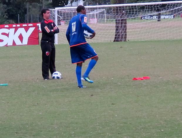 renato abreu flamengo treino (Foto: Janir Júnior / Globoesporte.com)