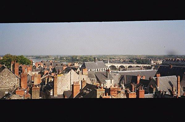 Vue de Blois de la terrasse du chateau