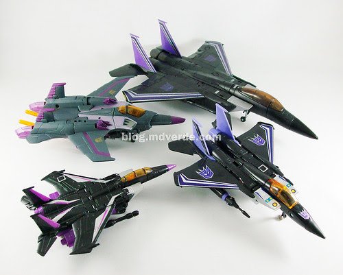 Transformers Skywarp Masterpiece Universe vs Classics vs G1 vs Animated - modo alterno