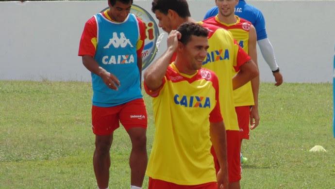 Walber - lateral-direito do América-RN (Foto: Jocaff Souza/GloboEsporte.com)