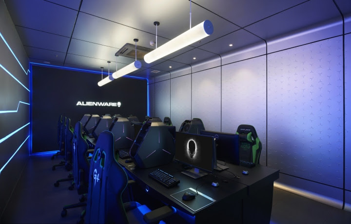 Alienware G4 Internet cafe by Gramco Ningbo China 02