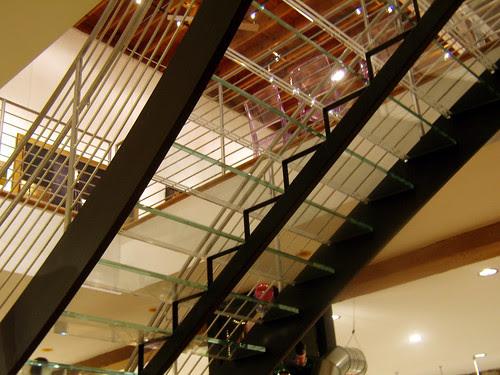 PB191782-2009-11-19-Besharat-Alexandro-Santana-Glass-Stairway-Full