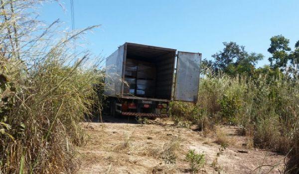 Polícia recupera carga de defensivos avaliada em R$ 800 mil; motorista foi sequestrado