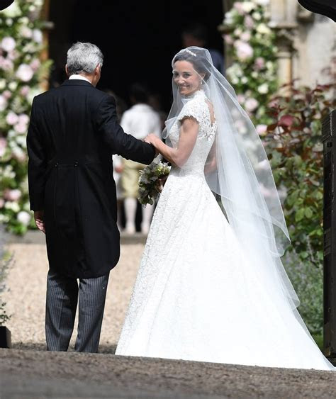 Pippa Middleton's Wedding Dress   POPSUGAR Fashion Photo 3