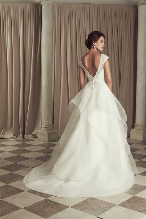 17 Best ideas about Organza Wedding Dresses on Pinterest