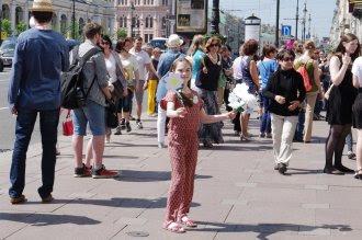 Акция «Белый цветок» собрала более 900 тысяч рублей для пациентов Детского хосписа