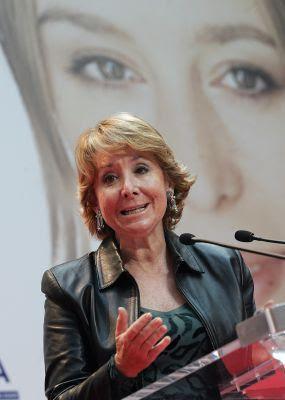 La presidenta de la Comunidad de Madrid, Esperanza Aguirre, en un acto en enero.