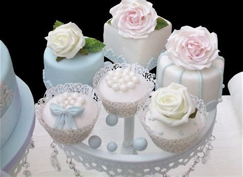 Small Cakes   Cup Cakes London   Delicious & Custom Made