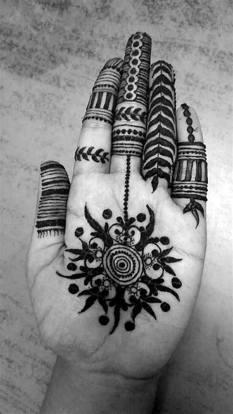 indian mehndi tribal touch simple eye