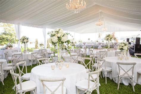 Wedding Ideas: White Elements in Your Wedding Details