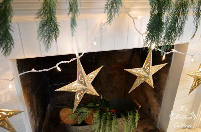 +Christmas+Tree,+Christmas+Mantel+Dollar+Store+Christmas+Decorations ..., Dollar  tree Christmas Decorations | two Dollar Tree vases, one vase I ... ... - Christmas Lights Dollar Tree Christmas Ideas